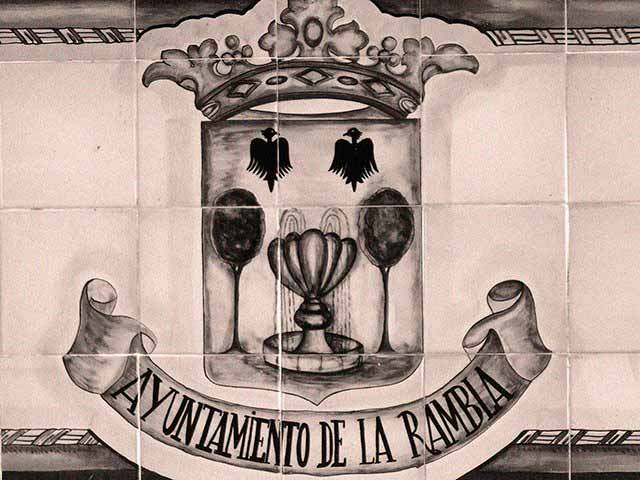 Azulejos_escudo_La_Rambla