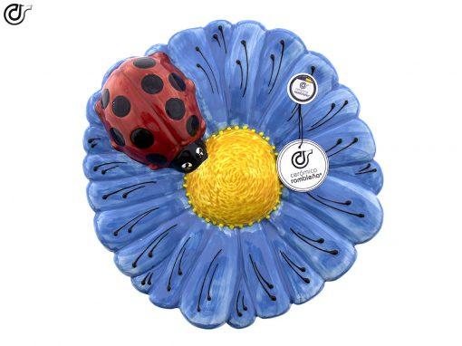 comprar-insecto-mariquita-mariquita-ceramica-flor-azul-01